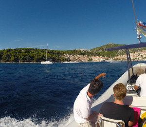 Arriving to Hvar