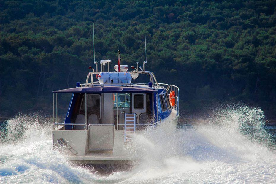 aftviewofourspeedboat-sugamantoursfromsplit
