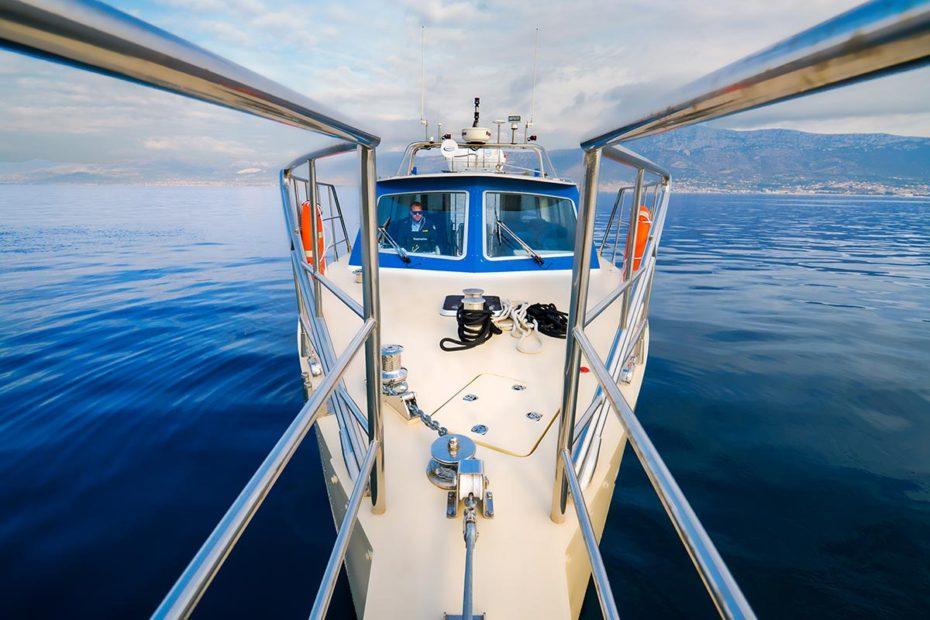 frontviewofourskipperandspeedboat