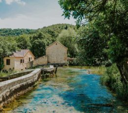 arriving to Krka watermill