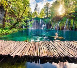 wooden-bridge,-waterfall-and-plitvice-lakes-1200x932