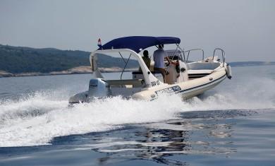 SugamanTourspresentsMaestralSpeedboat