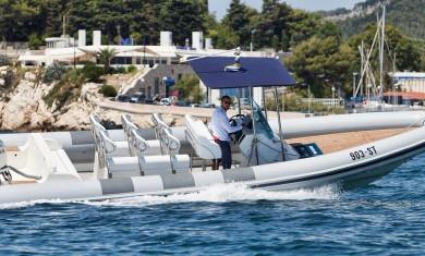 lolivulspeedboat-bluecavetour