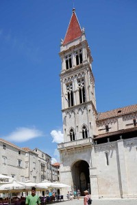 BellTowerStLawrenceCathedralTrogir