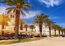 Trogir-Promenade-and-Church