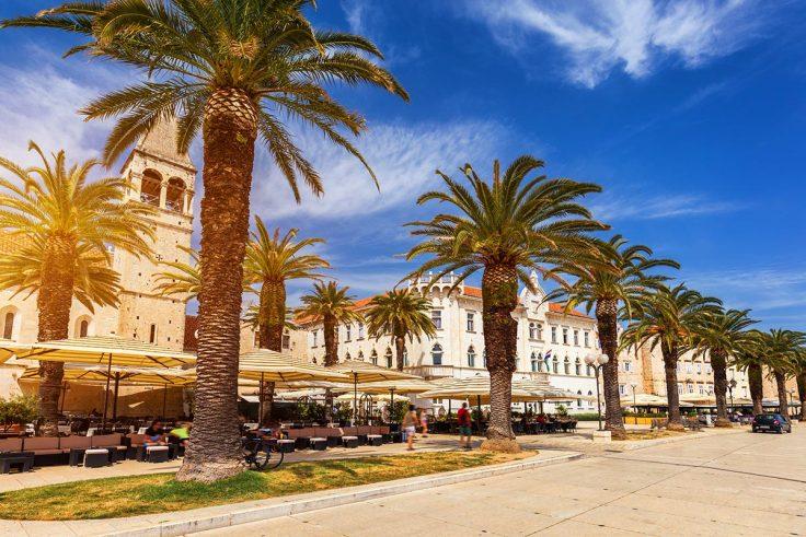 sunny Trogir promenade