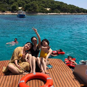 having-a-great-time-onboard-Sugaman-Tours