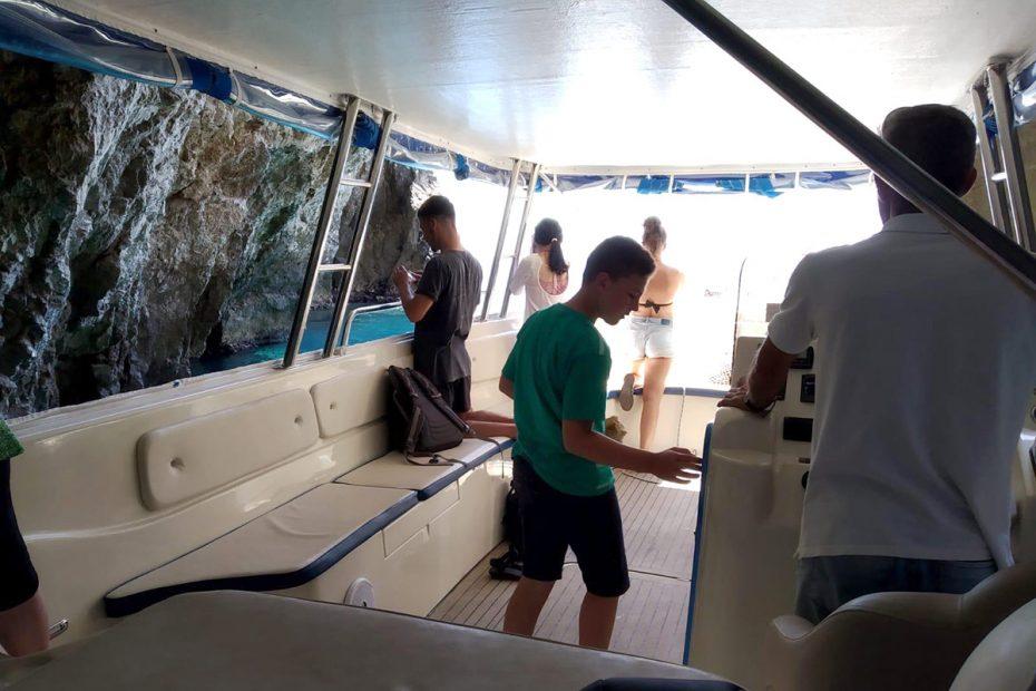 inside-speedboat