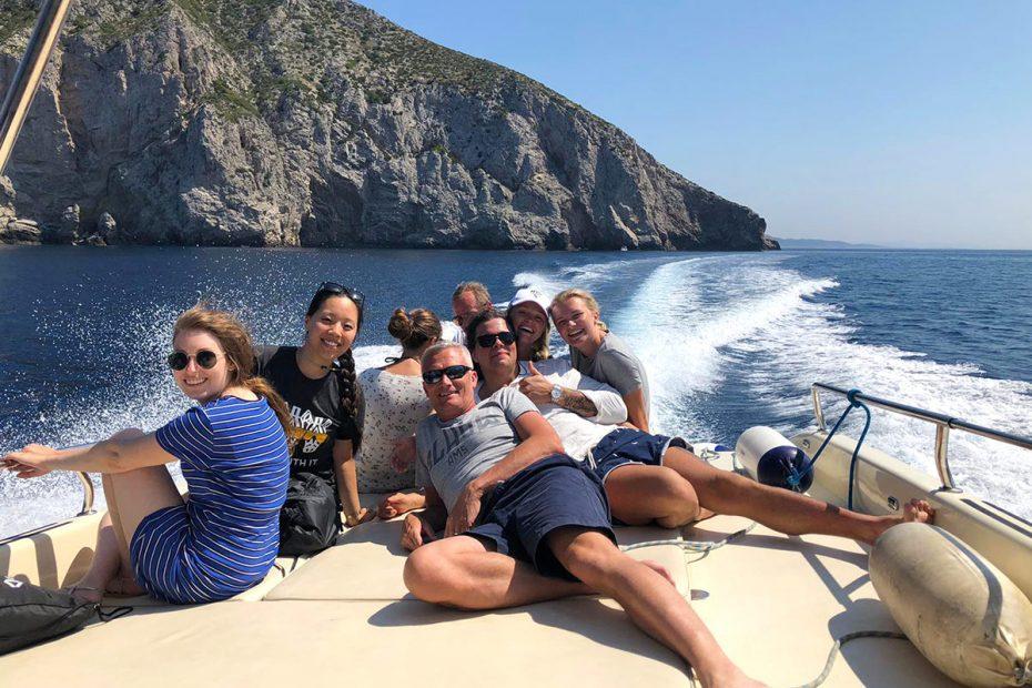 sun-deck-of-speedboat